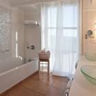 Hotel Casa Anamaria - cb4b4-Casa-Anamaria-restroom-3.jpg